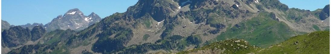 Lac Gentau et Pic du Midi d'Ossau